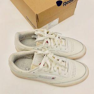 Reebok sneakers size 7.5 women